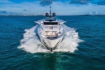 ferretti-custom-line-120-navigation-5