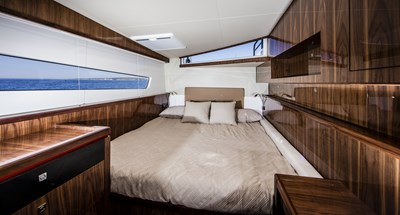 R-SIX 14 Guest Stateroom