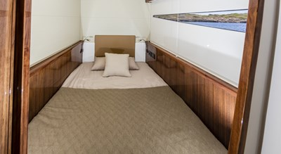 R-SIX 16 Guest Stateroom