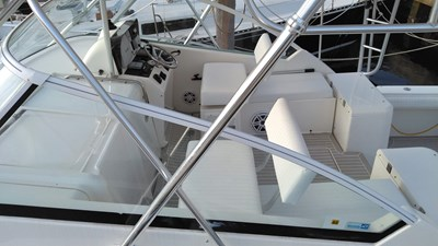 4_Listing for 2007 34' Luhrs 31 Open