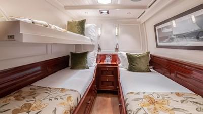 RAINBOW 15 yacht-rainbow-interior-06