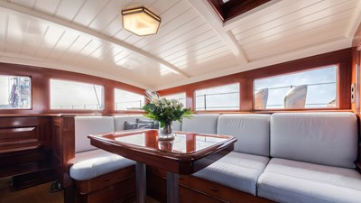 RAINBOW 16 yacht-rainbow-interior-07