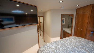 2020 Viking 80 Convertible - Miss Victoria - Guest Stateroom