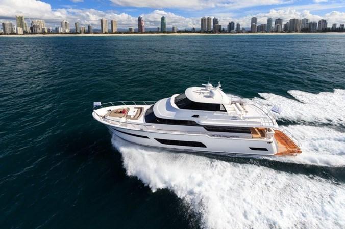 Skylounge motoryacht