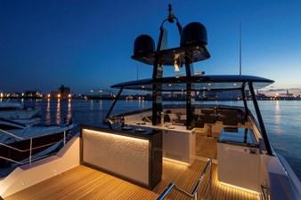 V72 (New Boat Spec)  3 Open Flybridge