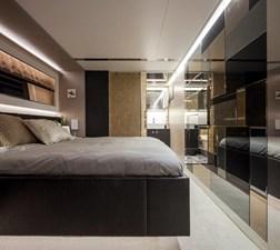 V72 (New Boat Spec)  11 Stbd VIP