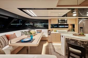 V68 (New Boat Spec)  20 Flybridge IV