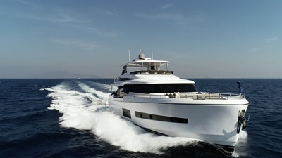 V68 (New Boat Spec)  26 Exterior