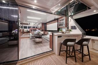 V68 (New Boat Spec)  27 Aft Deck