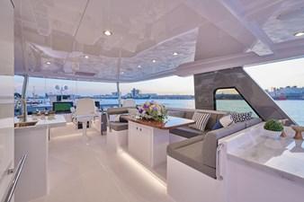V68 (New Boat Spec)  44 Flybridge