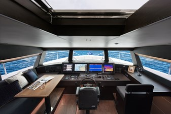 Raised Pilothouse