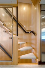 FD90  (New Boat Spec)  16 Floating Staircase
