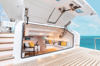 FD80 Skyline (New Boat Spec ) 9 Beach Club