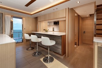Dining/Galley