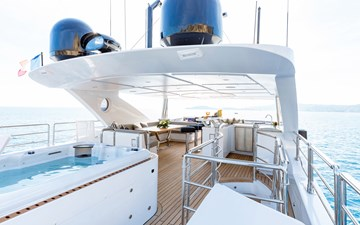 Altavita 4 5. Sun Deck