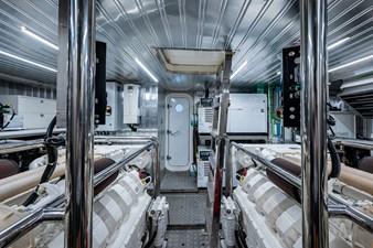 80_astondoa_17__engine_room11
