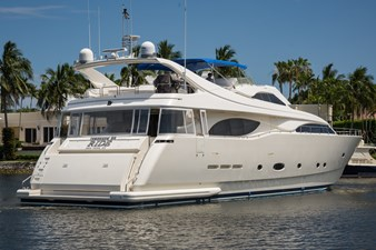 Tomorrow We Ride 132 Starboard Stern Profile
