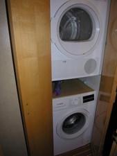 REELY NAUTI 8 Washer / Dryer