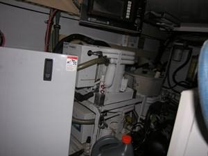 REELY NAUTI 24 Engine Room