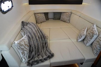 Cabin beneath console (with berth filler in place)