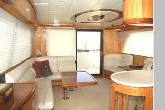 2002 Hampton 490 Pilothouse 6 7