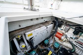 43 Sea Vee Plunger_Bridge Deck9