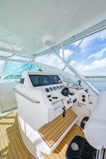 43 Sea Vee Plunger_Bridge Deck13