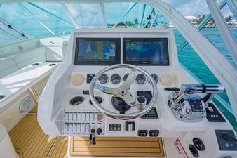 43 Sea Vee Plunger_Bridge Deck16