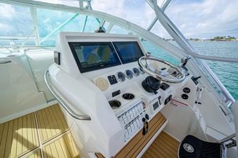 43 Sea Vee Plunger_Bridge Deck23