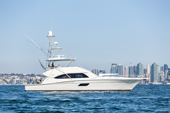 64ft Bertram Papas Dream-8250