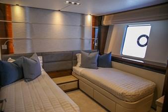 PRINCESS M 23 Princess 30M Guest Cabin