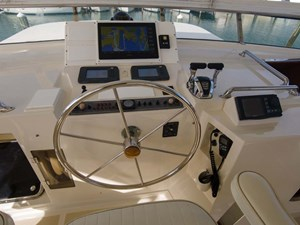 50 Flybridge helm