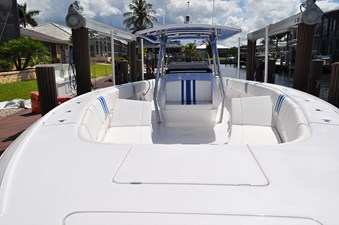 Bow seating area looking aft