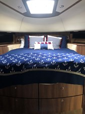 68 Fairline Squadron 76 VIP Stateroom Bow (4)