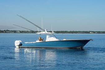 RICOCHET 72 Starboard Profile