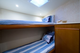 43_post_bluefin_guest_stateroom_2