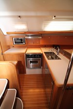 Galley w/ lots of storage and counter space
