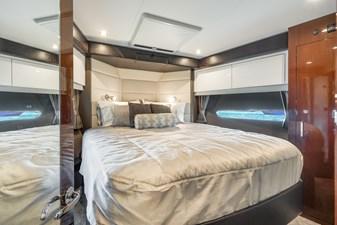 Master suite - starboard profile