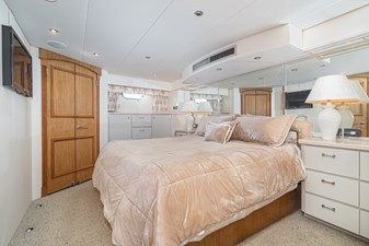Owners Stateroom Starboard