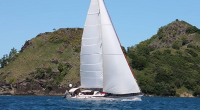 Swallows_and_amazons_cnb_77_sailing_yacht_charter_001