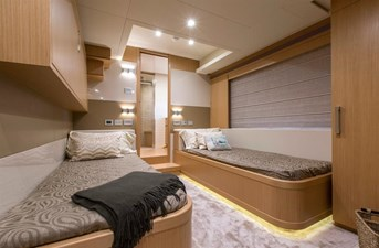 Stbd Twin Stateroom with pullman