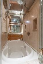Carpe Diem 40 95_-Intermarine-Carpe_ Diem-Interiors (21)-SMALL