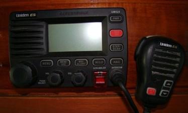 48. Uniden VHF