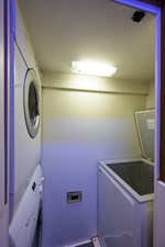 Galley/Laundry
