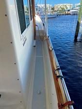 Apres Sail 11 118 Starboard Sidewalk