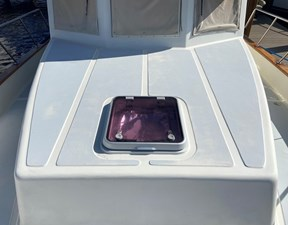 Apres Sail 19 126 Forward Hatch