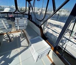 Apres Sail 21 131 Flybridge to Starboard