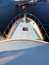 Apres Sail 25 135 Flybridge to Bow