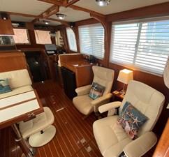 Apres Sail 31 201 Salon Starboard