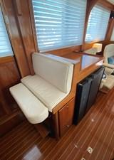 Apres Sail 39 209 Int Helm Seat